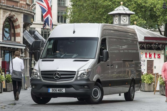 Mercedes-Benz Sprinter Tourer Medium Diesel