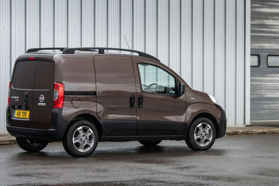 a5389f83025fcf Personal Fiat Fiorino Cargo Diesel 1.3 16v Multijet Van Van Leasing ...