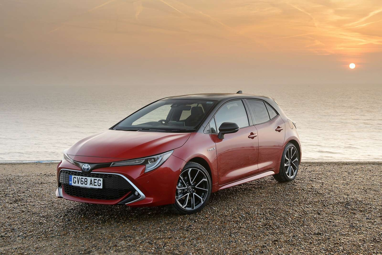 Toyota Corolla Estate 1 8 Vvt-i Hybrid Excel 5dr Cvt For Lease